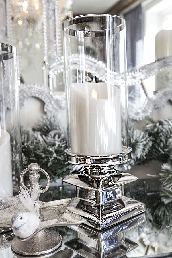 Lyslykt med sølvfot og glass