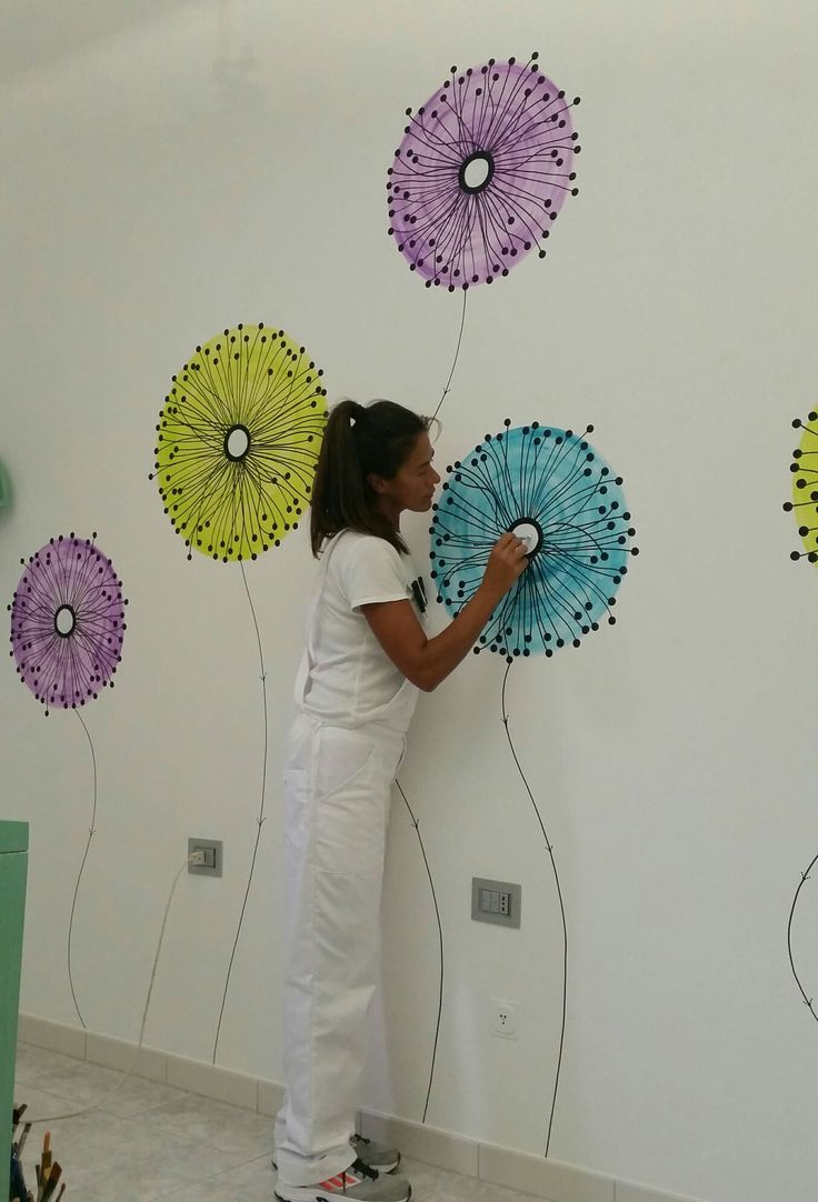 """Disegno a parete. """"Isoffioni"""" (tarassaco). Acrilico. By Annalisa Tombesi"""