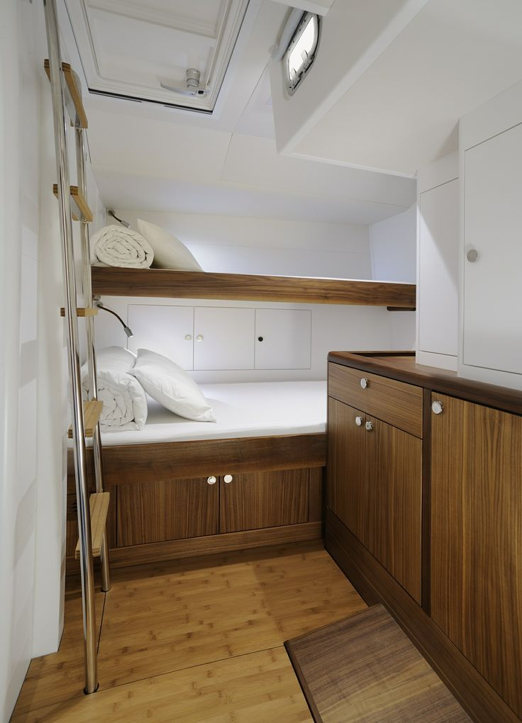 Solaris Yachts 72 DH - Crew Cabin