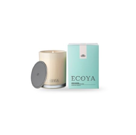 Ecoya Candle – Lotus Flower. 400gm soy wax candle in madison jar  A heavenly blend of white lotus flower is contrasted with deeper shades of vanilla and patchouli to create a warm and delicately spicy mix that is both sensual and relaxing.