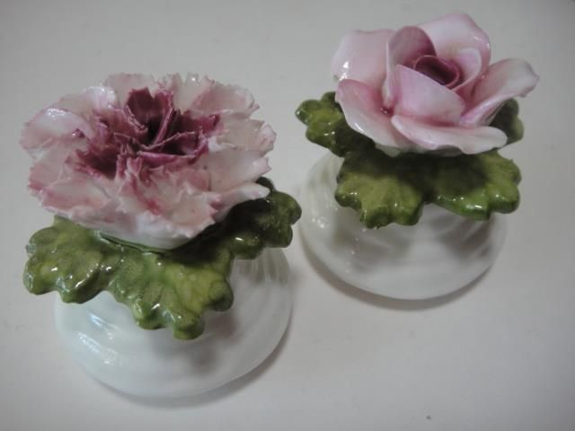 AYNSLEY fine bone china salt pepper shakers flowers shabby chic ENGLAND VGC