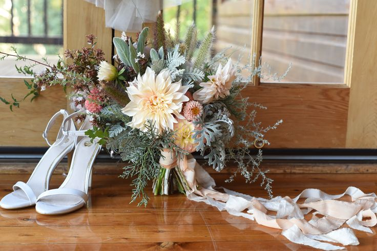 April Wedding, styled shoot, bouquet, bridal, silk ribbon, dahlias, cafe au lait, grey foliage, dusty miller, artemisia, wormwood, peach, pink, apricot, rustic wedding