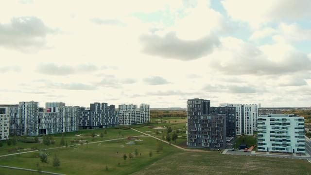 MY PLAYGROUND - PREVIEW. MY PLAYGROUND  A documentary film by Kaspar Astrup Schröder about movement in urban space.  The film explores the w...