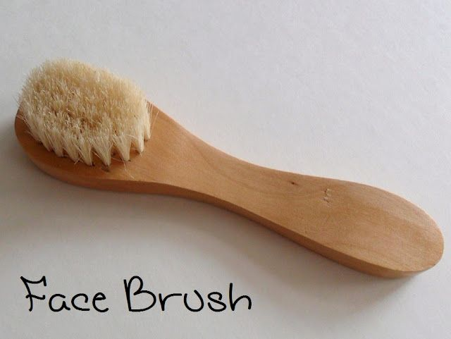 Facial skin dry brushing