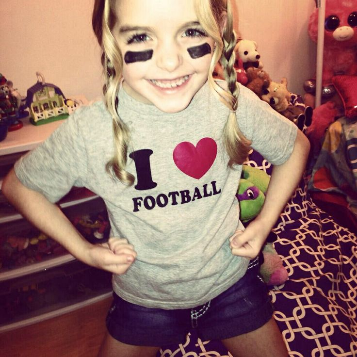 Mckenna Grace being a football player