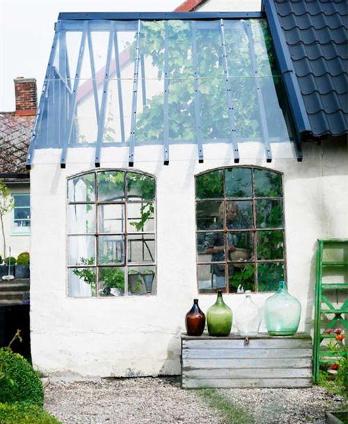 paris2london:    (via Oysho Blog): Gardens Ideas, Green Houses, Glasses Roof, Gardens Houses, Houses Exten, Pots Sheds, Green Rooms, Small Greenhouses, Glasses Houses