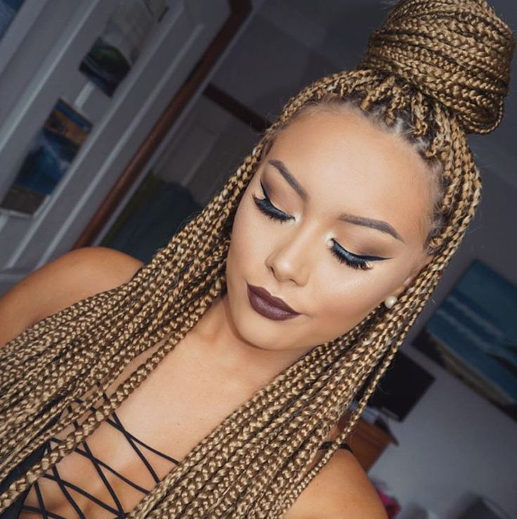 Pretty @makeupbybrittanyantonio - http://community.blackhairinformation.com/hairstyle-gallery/braids-twists/pretty-makeupbybrittanyantonio/
