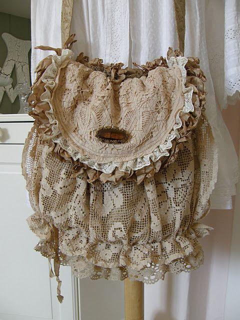 een mooie linnen en kanten tas - cute mori girl shabby chic bag