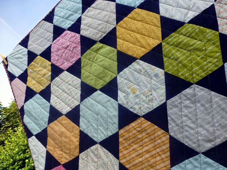 Hexie Stars Quilt (Pattern available by Just Jude Designs, Etsy)