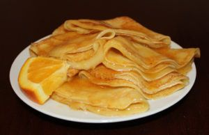 Simple Crepes Ingredients 	3 eggs 	¾ cup + 2 tbsp. All purpose flour 	1 ½ cups milk 	1 tbsp. Granulated sugar 	1 tbsp. Vegetable oil 	Pinch salt 	1 tsp. butter 	 Whip cream, for the filling 	A few handfuls of