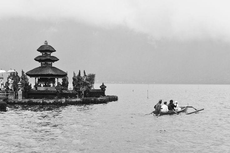 Offering Ceremony, Bedugul - Bali