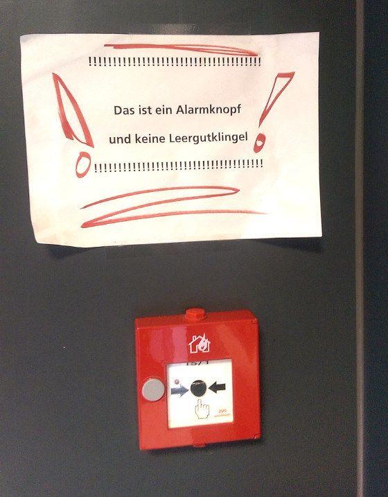Diese Emotion: | 22 Dinge, die Dir nur in Deutschland im Supermarkt passieren