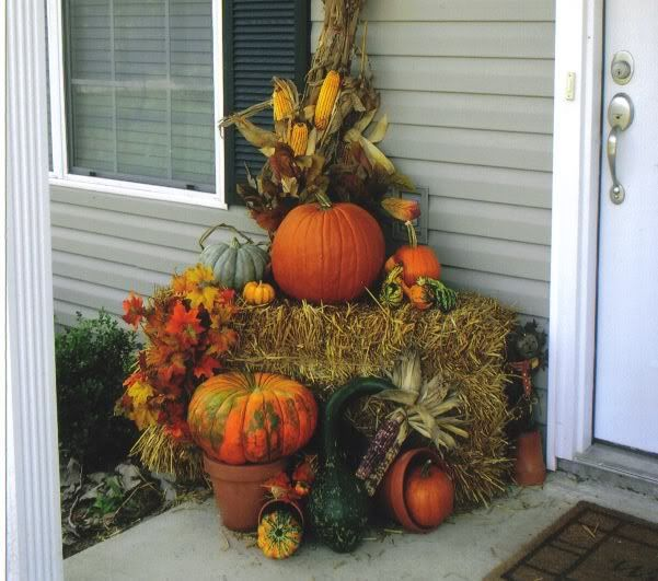 11 best images about Fall decorations on Pinterest Fall, Fall - halloween fall decorating ideas