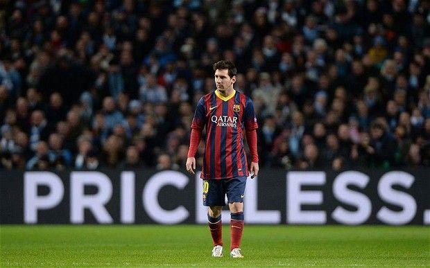 Lionel Messi es el mejor jugador del mundo, pero su equipo fue terrible en el pasado año la copa del mundo. Lionel fue el equipo.