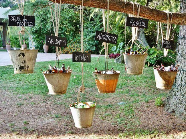 Cualquier excusa es buena para reunir a los amigos creando un ambiente distendido gracias a la decoración, que hará tus fiestas de verano inolvidables.