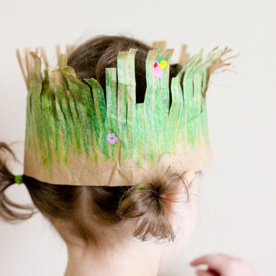 Make these grass crowns for Earth Day!