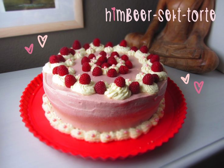Ina Is(s)t: Himbeer-Sekt-Torte / Rasperry cake with sparkling wine