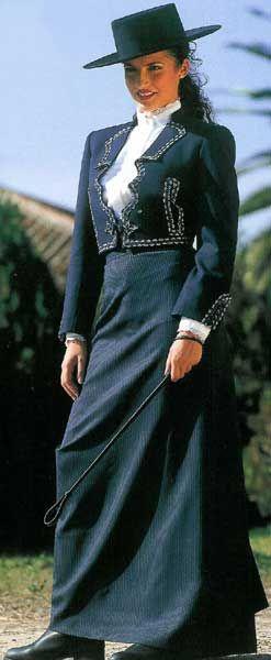 (Auténtico) elegante traje campero. Amazona