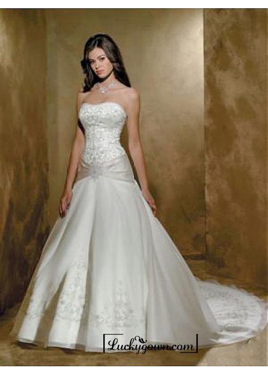 Buy Beautiful Exquisite Elegant Wedding Dress In Great Handwork Online Store At LuckyGown
