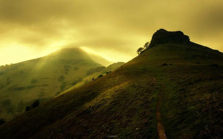 Towards the Light of Rhûn by Ilarbux  on 500px