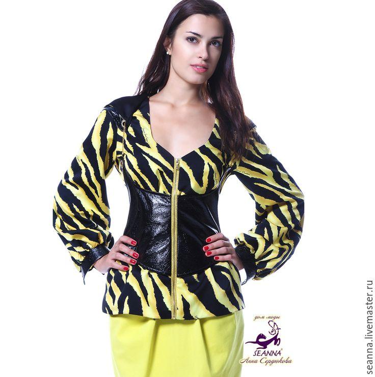 Купить Блузка-куртка шелковая со скидкой Желтая Зебра с кожаным корсетом - куртка