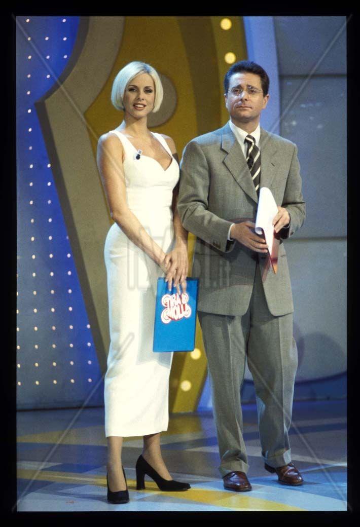 Programma Tv Tira e molla 1996 Ela Weber (la Sellerona ) e Paolo Bonolis