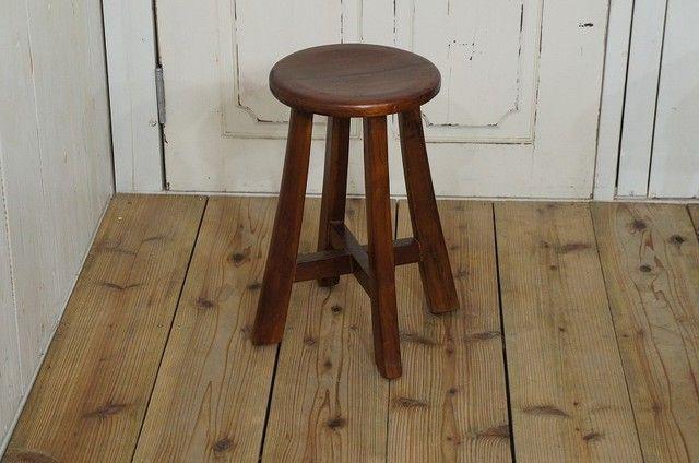 アンティーク調 レトロな丸スツール 木製椅子 高級 チーク無垢材 花台 ダーク