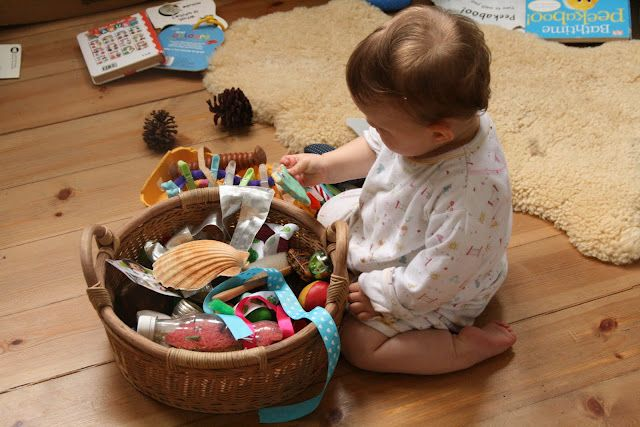Treasure Baskets for Babies and Toddlers: So many great ideas of what to include! Kids love these! Here's how to make one.