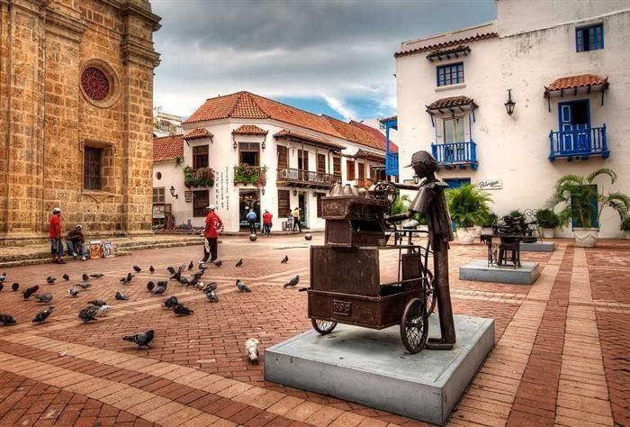 Plaza de San Pedro... Centro de Cartagena. .