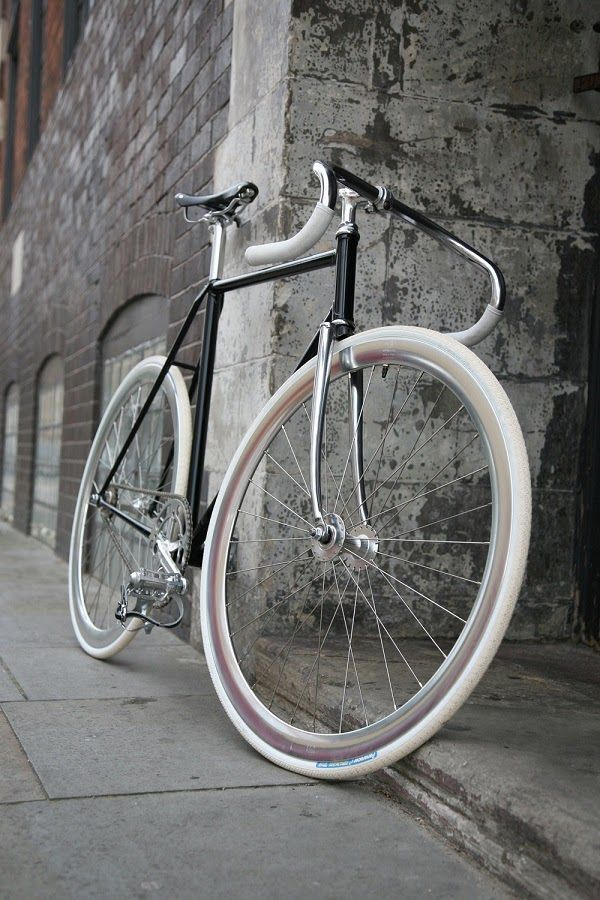 DUKE HARPER FIXED GEAR BIKE