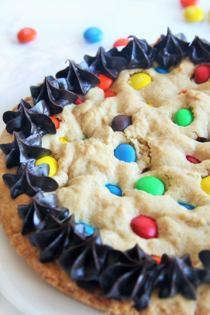 how to make a giant cookie with cookie mix