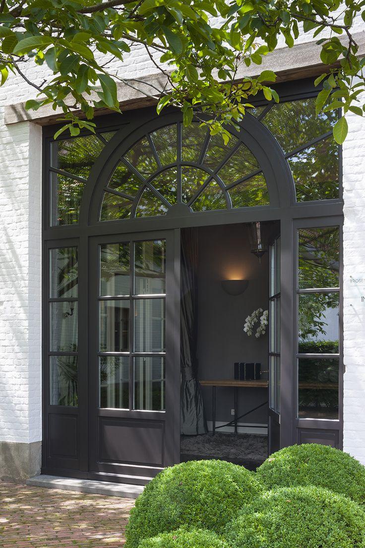 Home in Hoogstraten - Belgium, Brosens Interieurs. Photo credit Liesbet Goetschalckx.