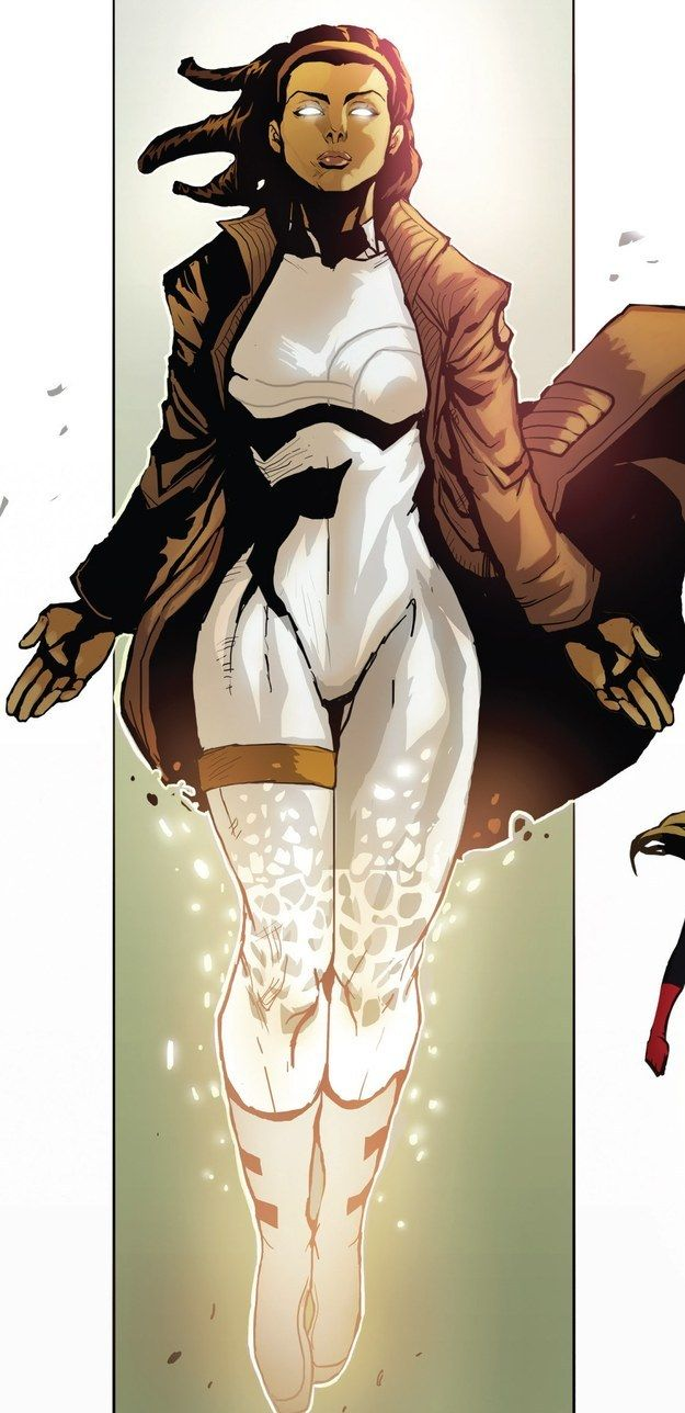 Monica Rambeau (Captain Marvel, Photon, Pulsar, Spectrum) | 17 Black Superheroes And Where To Read More About Them