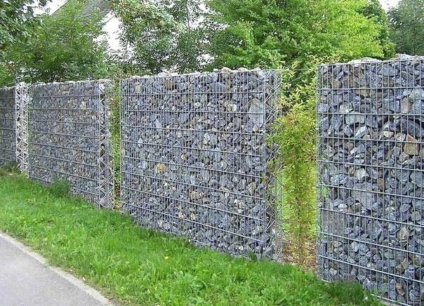 Muri Di Recinzione Pietra.Muri Di Recinzione Prefabbricati Prezzi Con Gabbioni In
