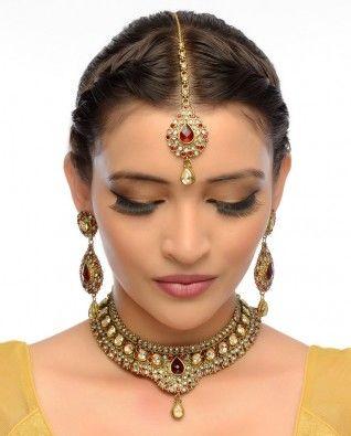 #Exclusivelyin, #IndianEthnicWear, #IndianWear, #Fashion, Meena Necklace, Earrings & Maang Tika