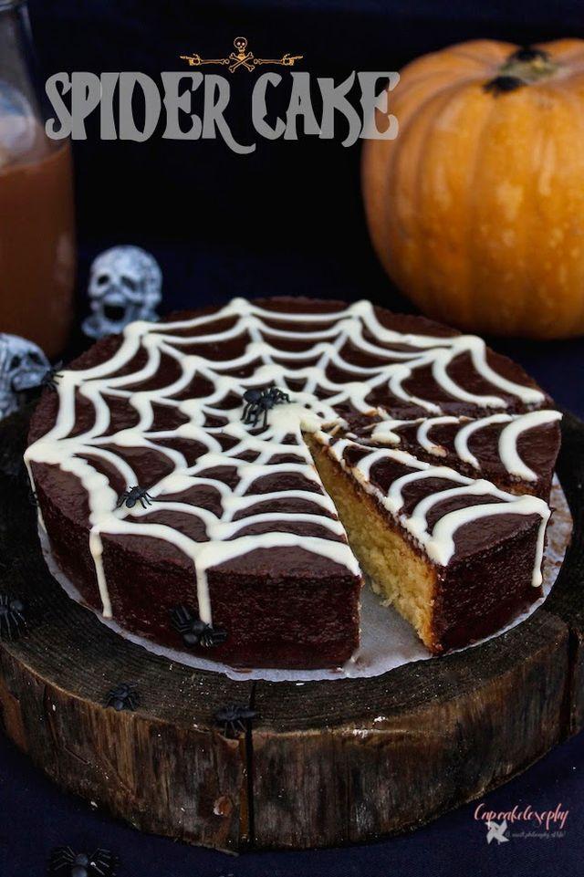 Cómo lleváis los preparativos de Halloween? Aún no os habéis cansado de ver arañas, monstruos y calabazas? No? Pues aquí tenéis una nueva propuesta para el esperado evento: Spider Cake!!! Preparando