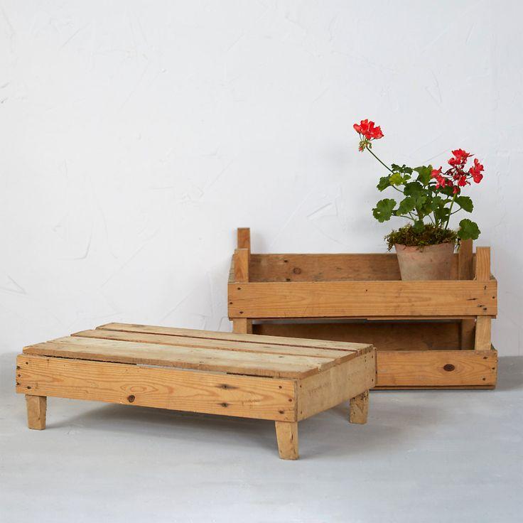 DIY Flip wooden crates to create