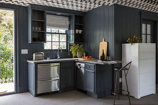 best 25 studio kitchenette ideas on pinterest kitchenette ideas small kitchenette and mini. Black Bedroom Furniture Sets. Home Design Ideas