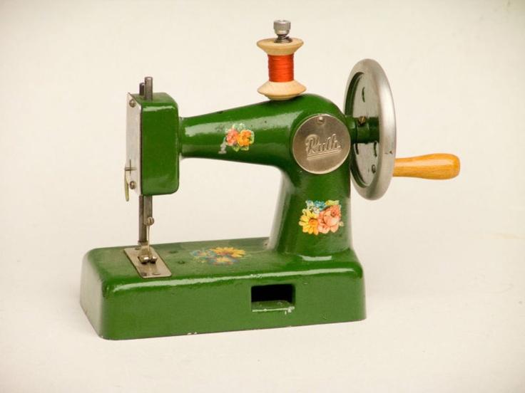 2962 best maquinas de cocer images on pinterest sew. Black Bedroom Furniture Sets. Home Design Ideas
