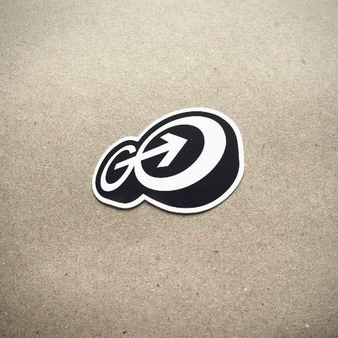 35 Contoh Desain Sticker Sebagai Media Promosi yang Efektif - 22. Go Media