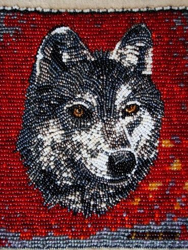 NAO' HMIN: Wolf head strike-a-light .
