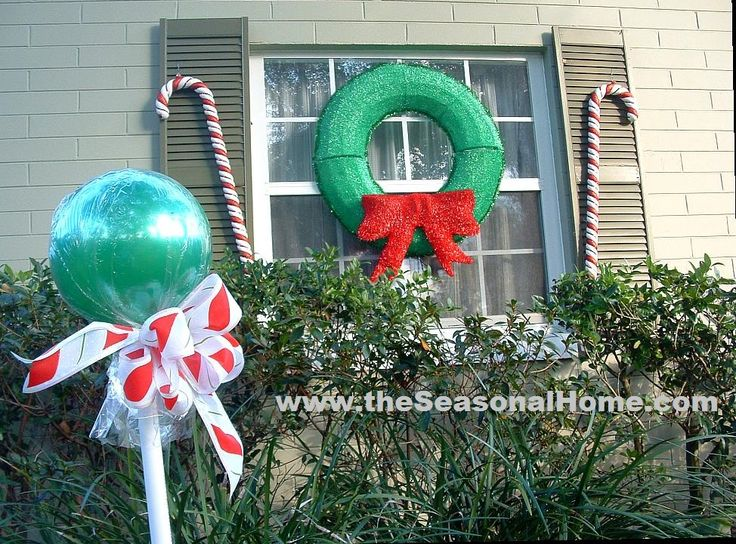outdoor candy a christmas decorating idea