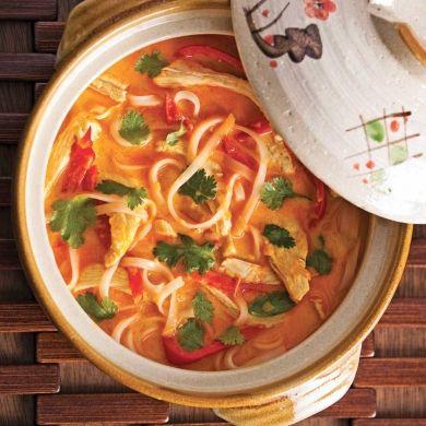 Soupe épicée au poulet et lait de coco - Recettes - Cuisine et nutrition - Pratico Pratiques