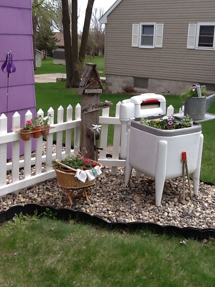 23 best images about outdoor pretties on pinterest - Old fashioned patio furniture ...