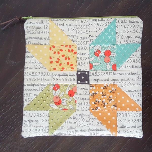 Sew Illustrated: Sewing Machine Accessory Pouch