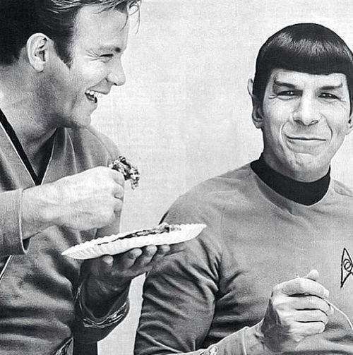 Star Trek set with William Shatner (Capt. Kirk) & Leonard Nimoy (Spock) || Classic Sci-Fi TV Series