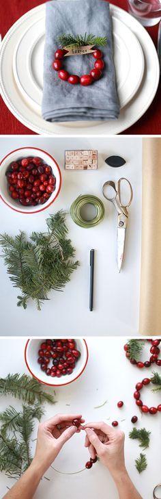 DIY Mini Cranberry Wreath Place Cards   Click for 30 DIY Christmas Table Centerpiece Ideas   DIY Christmas Table Decoration Ideas