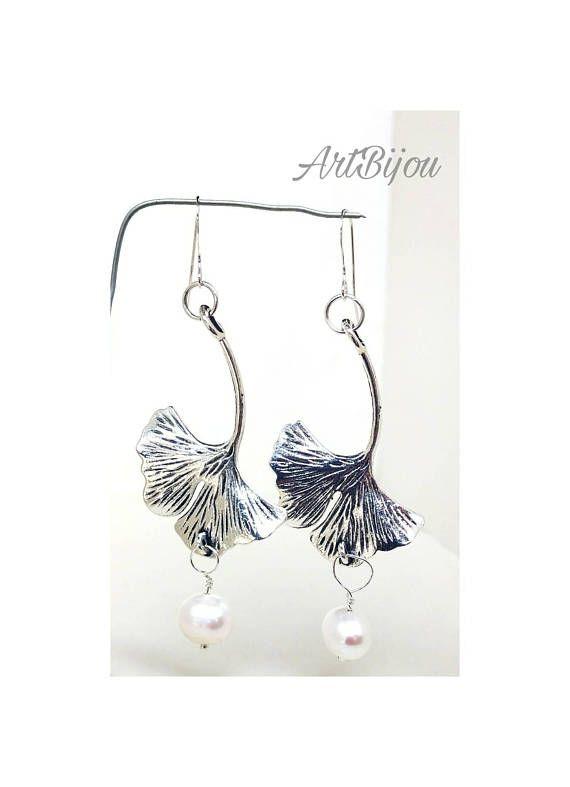Mira este artículo en mi tienda de Etsy: https://www.etsy.com/es/listing/568846929/pendientes-plata-ley-pendientes-perlas