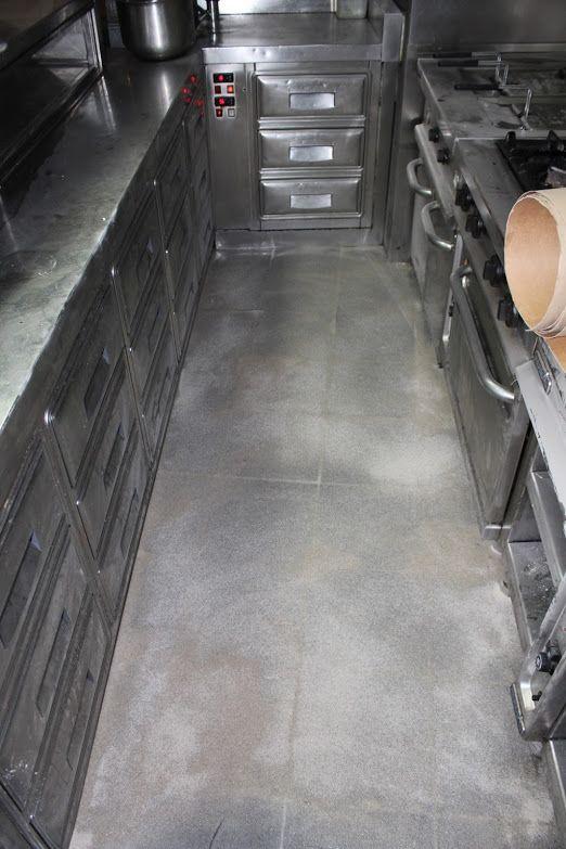 Tratamiento del suelo y aplicación de resina poliurea