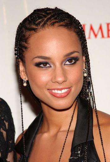 Alicia Keys  Alicia Keys made her Songs in A Minor debut at the turn of the century and immediately became a style star for her intricately designed cornrows, which she often decorated with beads.